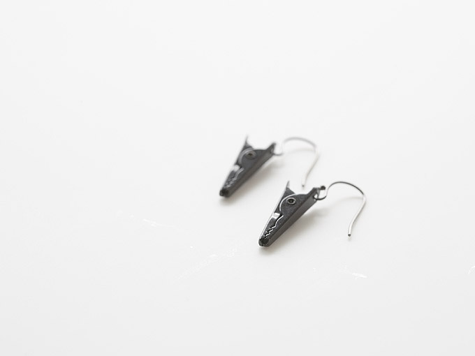 pick a jewel [pierced earrings]
